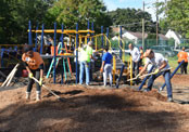 PSEG employees participating in volunteer event.